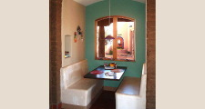 09RM Arcos Sobre Galisteo breakfast nook 1