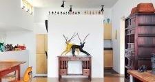 05 Platinum Cantilever Home living                                 room 1