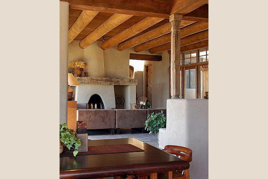 08 Madera Anciana                           Home living room 2