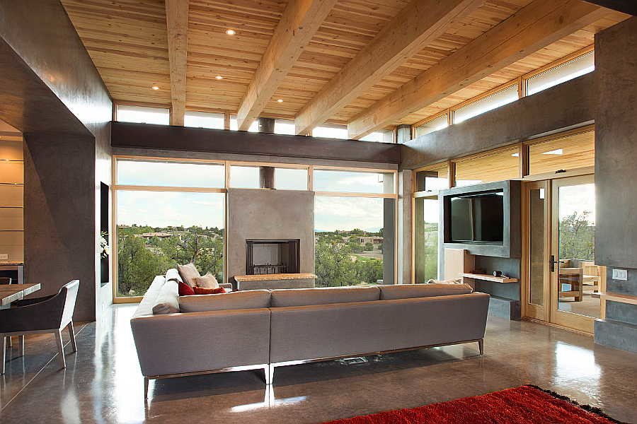 09 Kiva House                           living room 2
