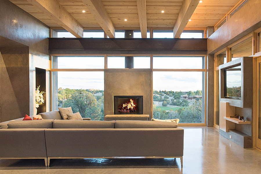 10 Kiva House                           living room 3