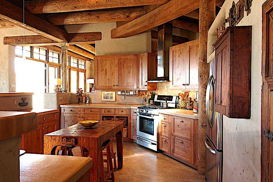 13 Madera Anciana                           Home kitchen 3