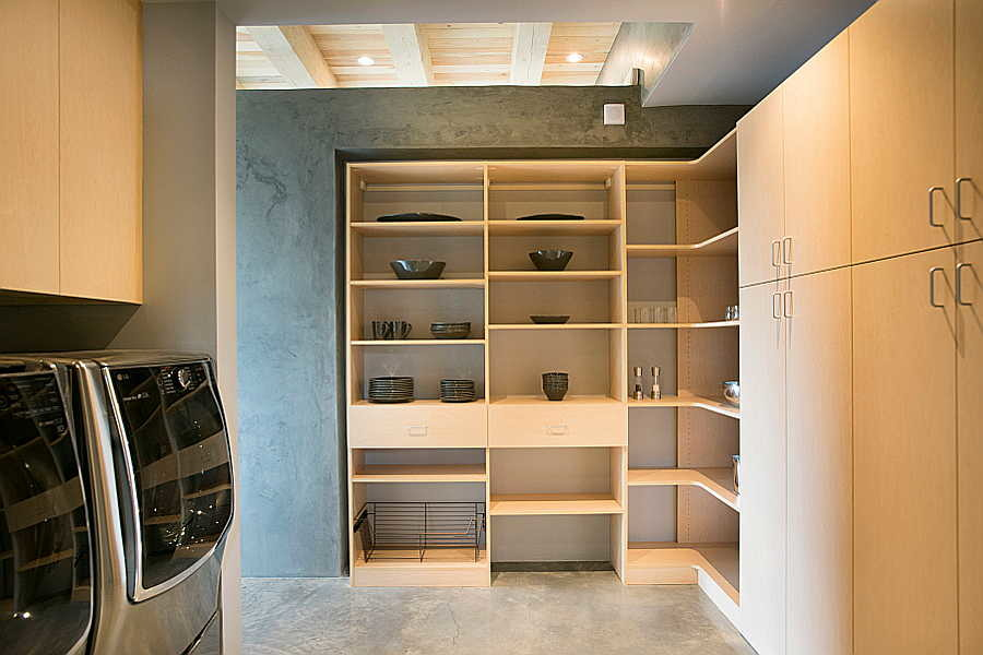 14 Kiva House                           pantry 1