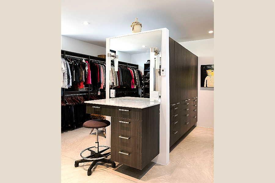 15 Galleria Home                           master closet 1