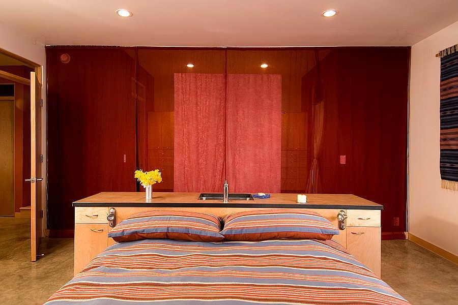 06RM Browne Residence bedroom
