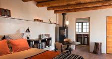 09RM Renaissance Casita bedroom 2