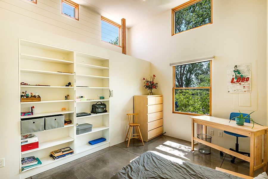 14 Coho Home kid's                           bedroom 1