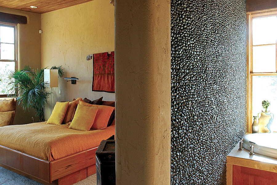 17RM Madera Anciana Home master bedroom bath 1