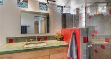 05RM Coho Home bath 2