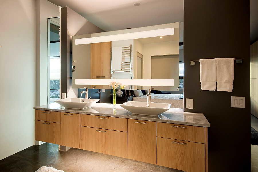 06RM Jemez Vista House master vanity