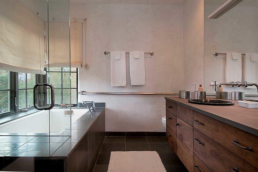 06RM Renaissance Remodel bath 1