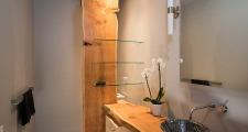 07 Kiva House guest bath 1