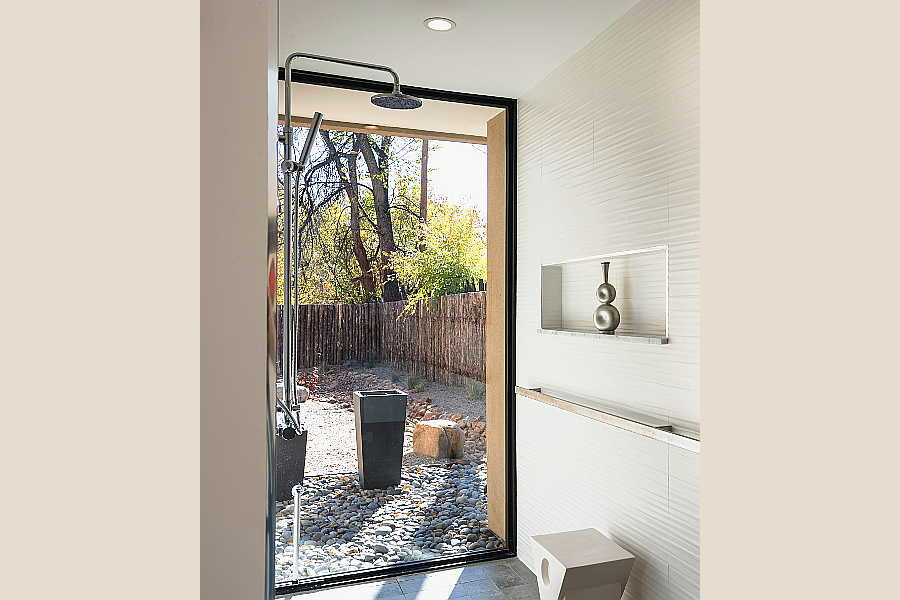 13 Galleria Home                           master bath 1