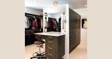 17RM Galleria Home master closet 2