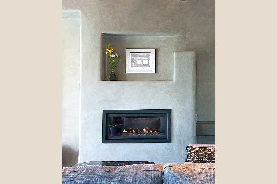 17RM Net-Zero House fireplace 1