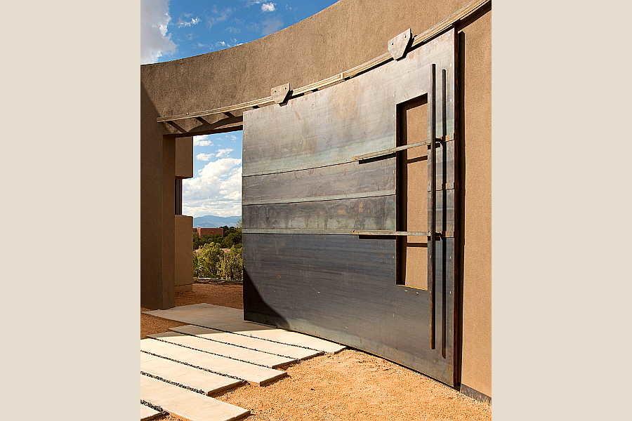 25 Kiva House gate                           1