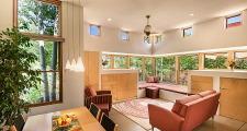 02 Coho Home living room 1