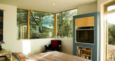 02 Browne Residence bedroom