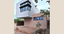 04CU Platinum Cantilever Home exterior 2