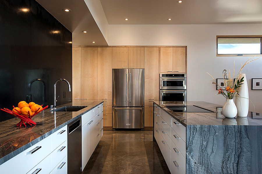 06 Pasillo Jemez House kitchen