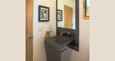 16RM Pasillo Jemez House powder room 1