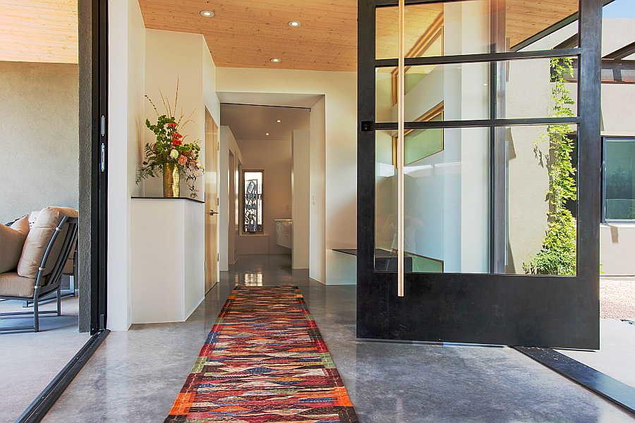 21RM Pasillo Jemez House entry 1