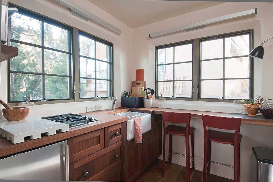 06RM Renaissance Casita kitchen 1