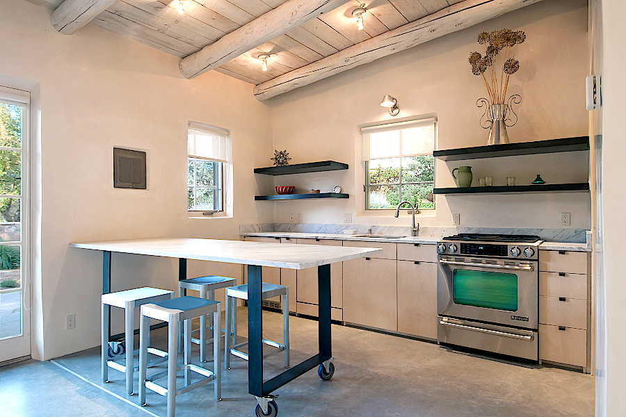 08RM Tesuque Casita kitchen 2