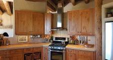 12RM Madera Anciana Home kitchen 2