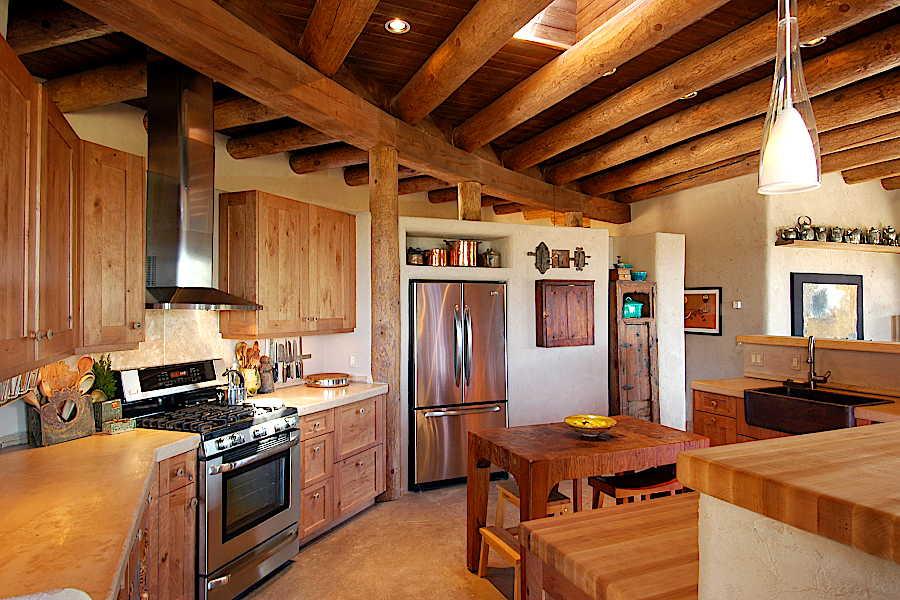 14RM Madera Anciana Home kitchen 4