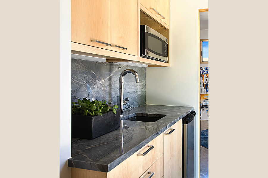15RM Pasillo Jemez House kitchenette 1
