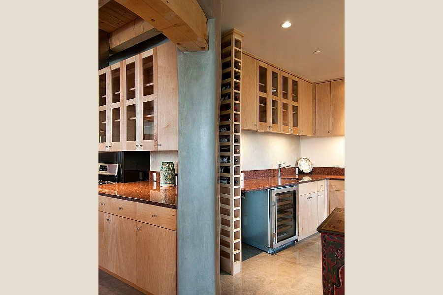 06 Net-Zero House                           pantry 1
